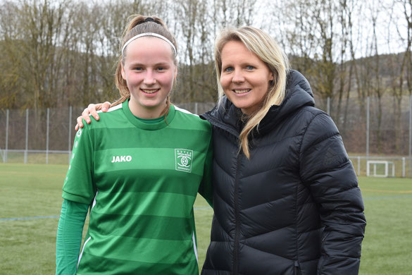 Franziska Kett mit U17 Nationaltrainerin Friederike Kromp