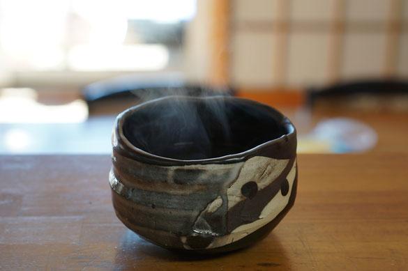 仲本律子 陶芸作家 ブログ 女性陶芸家 茨城県笠間市  抹茶碗 遠赤外線 白湯