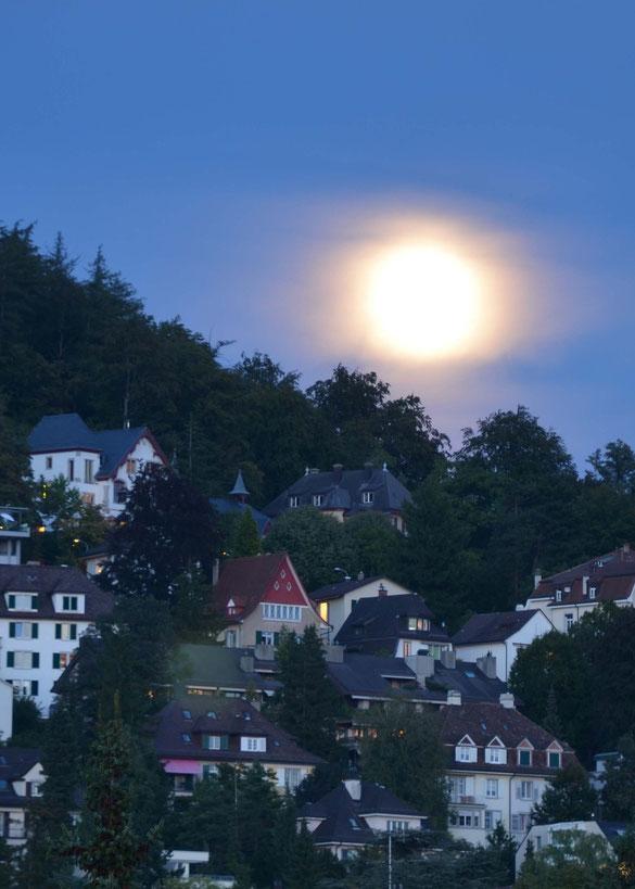 Mondaufgang am Züriberg