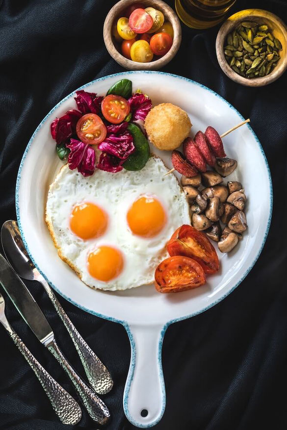 Do eggs raise your cholesterol level? Learn the facts on eggs and cholesterol & the amount of cholesterol in one egg. Find out if eggs are one of the foods to avoid on a lower-cholesterol diet. #hearthealth #eggs #healthyfoods #cholesterol #nutritionfacts