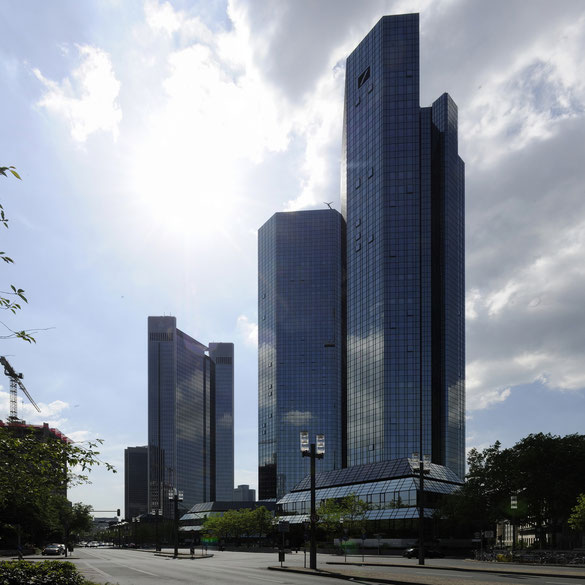 Freihand Vertikal-Panorama, Deutsche Bank, Frankfurt