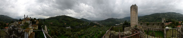 Freihand 360° Panorama, Burg Pistòia, Toskana