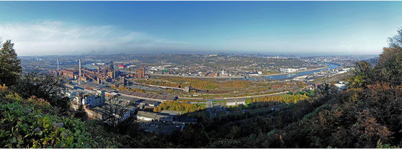 Freihand 180° Panorama Liége, Belgien