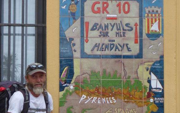 Thierry Troupeau à son arrivée à Banuyls après 14 semaines de randonnée sur le GR10. Photo : DR