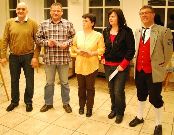 Die meisten Probenbesuche: v.l. Laudator Markus Schwab, Gerlod Straub, Eva Maria Baur, Birgit Jurczik, Ludwig Köttig.