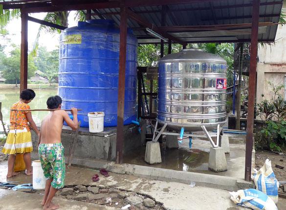 Grand réservoir supplémentaire de 5000 litres installé par PASDB en décembre 2016 (coût : 530 euros).