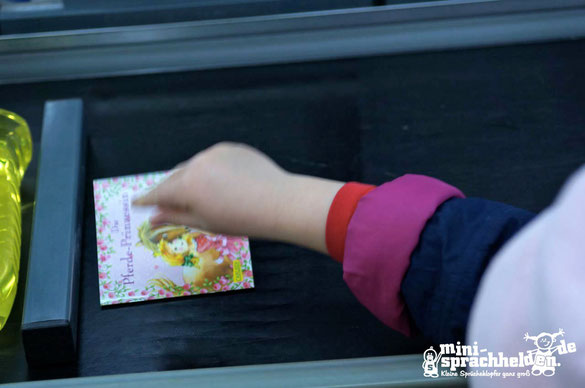 Fillys, Feen, Ü-Eier, Pixie-Bücher - von der Quengelzone auf das Kassenlaufband ist es ja nur ein Griff