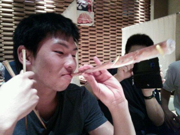 ヤガラの正しい食べ方です(笑) @浜松