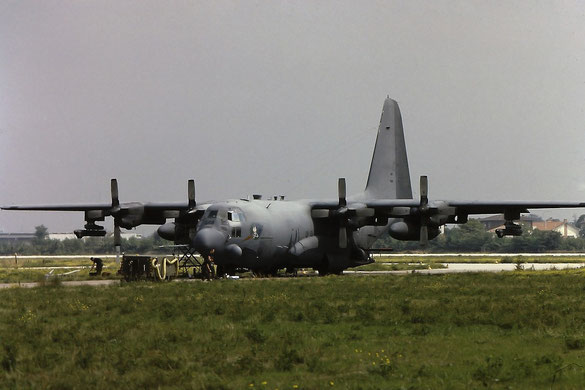 "AC-130H Spectre - 382-4342 - 69-6568 ""Night Stalker"" (foto Maurizio Cristofoli)"