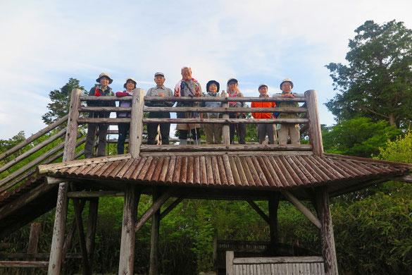 装束山(最も標高高い&一等三角点) 展望台