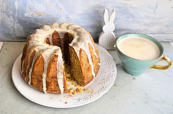 Saftiger Rührkuchen mit Haselnuss und Orange, der macht der Rüblitorte auf dem Ostertisch Konkurrenz!