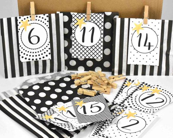 1 SET DIY Adventskalender besteht je aus: 24 Papiertüten Flach, hergestellt aus starkem 36g/m² Kraftpapier, Größe 12 cm x 18 cm,3 Bogen A4, 250 g weiß, mit Zahlen Druck zum Ausschneiden, 24 Mini-Holzklammern, Motiv 11