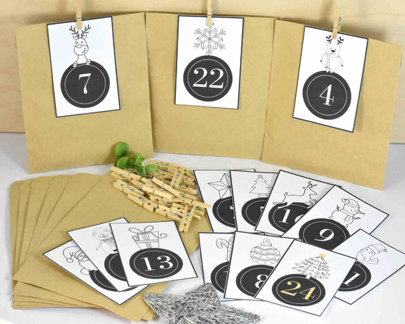 DIY Adventskalender -  1 SET besteht je aus: 24 Kraftpapier Tüten Flach, Größe 13 cm x 9 cm, 3 Bogen A4, 250 g weiß, mit Zahlen Druck zum Ausschneiden, 24 Mini-Holzklammern. Motiv 5