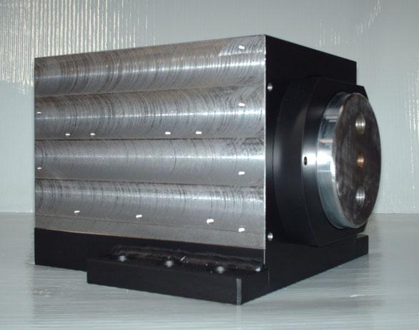 Cilindri oleodinamici speciali a uno o più sfilamenti per macchine utensili, macchine utensili, cilindri speciali, cilindro a sfilamento, kompaut, marnate, varese, italia, italy,