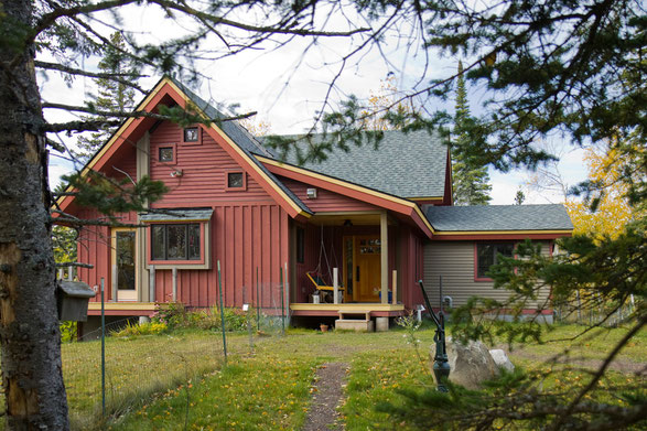 Wright HUS > Passive and Active Solar home in the north woods