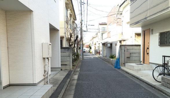 高円寺の閑静な住宅街の景色