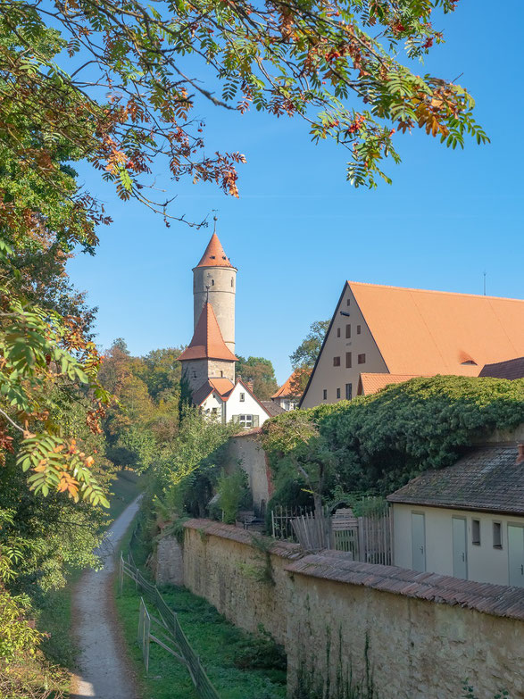 """Der """"grüne Turm"""" an der Stadtmauer"""