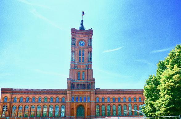 Das rote Rathaus von Schöneberg