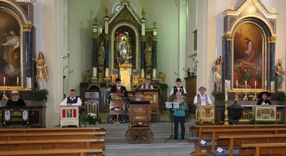 Alle Mitwirkenden des Konzertes in der Kath. Kirche in Zufikon.
