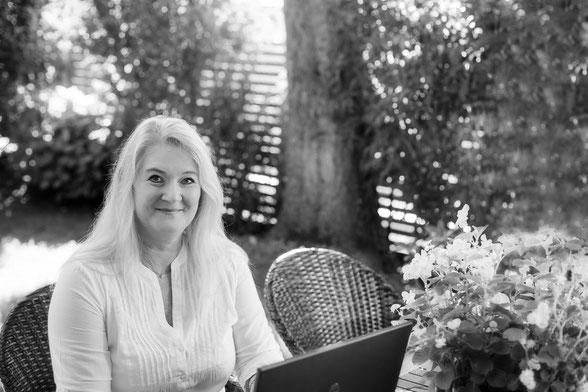 Melanie Holzner Autorin, Texten, Werbetexte, Storytelling