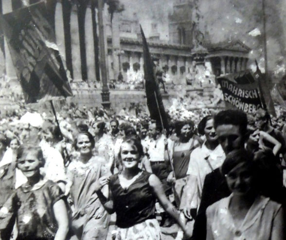 Venstrefløjsdemonstration i 1920'ernes Wien