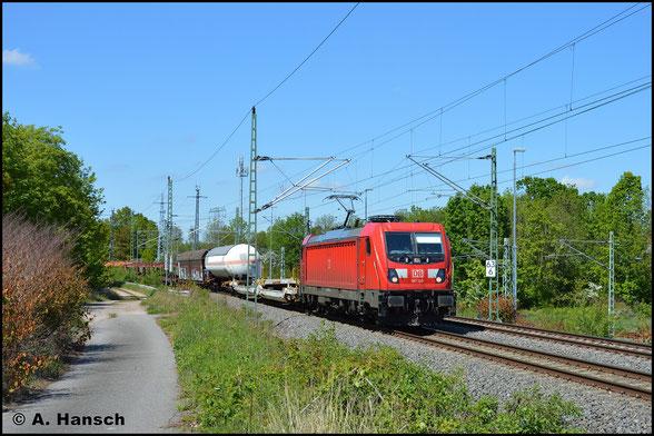 Mit dem EZ 51621 nach Zwickau passiert 187 139-1 am 16. Mai 2020 den ehem. Abzw. Furth in Chemnitz