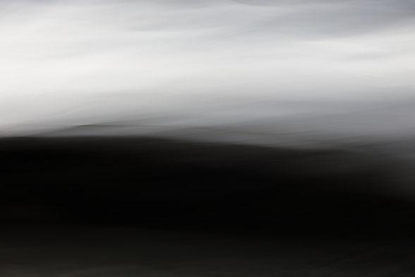 """""""Aube"""". 2019. Photographie numérique. 7 exemplaires. Tirage 60x90 cm, papier Hahnemühle."""