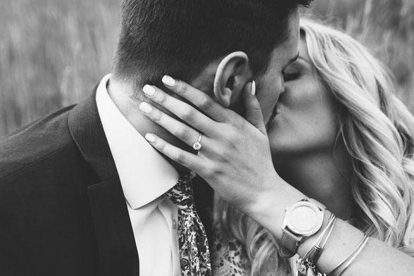 Aantrekkingskracht in een relatie. Kim Kromwijk-Lub relatietherapeut