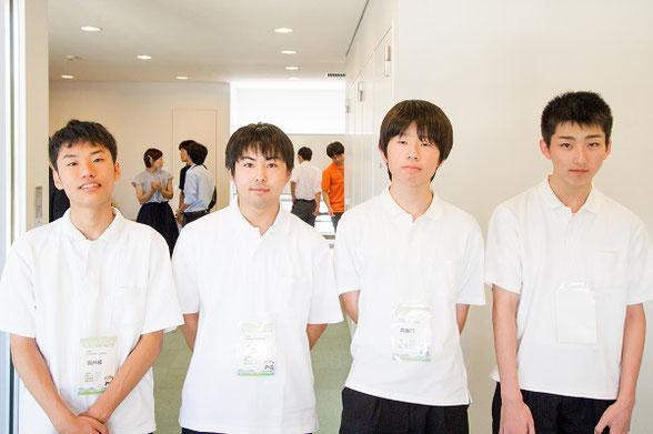 左から 國井稜くん、明泉湧也くん、齊藤巧くん(以上3年)、笹原皓太くん(2年)