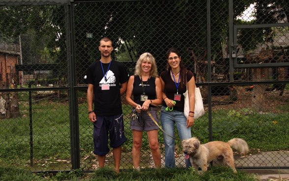 AnimalsAsia founder and manager Jill Robinson with us at Bear Sanctuary in Chengdu, Sicuan province, China