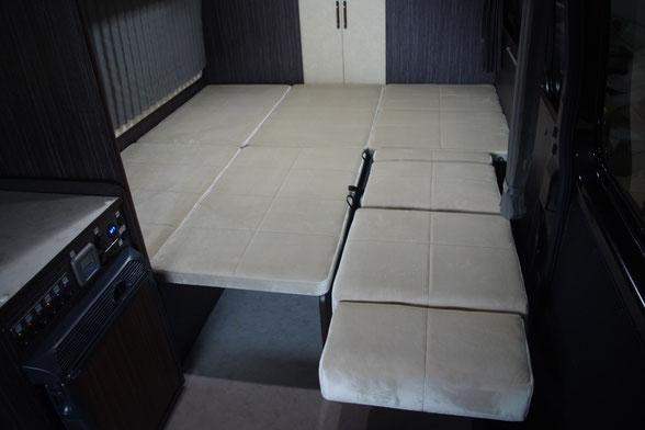 ハイエース・キャラバンのキャンピングカー制作ならOSPトランポキットへ!