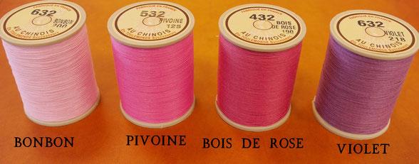 Comparaison des fils de lin de couleur à dominante rose - Fil au chinois