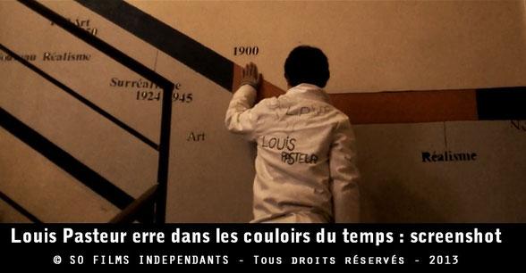 Louis Pasteur arrive au XXIe siècle par erreur grâce aux couloirs du temps...