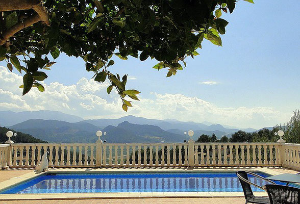 Meerwasser-Pool der Ferienwohnung Valencia