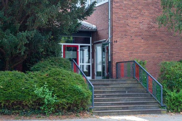 Eingang Sporthalle Lintertstraße