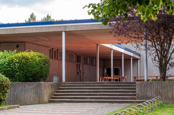 Eingang Sporthalle Stolberger Straße