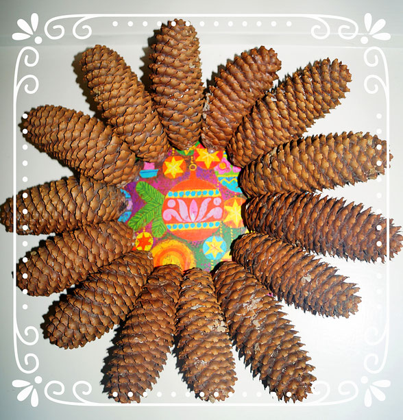 Basteln Mit Tannenzapfen Advent diy tür kranz winter dekokranz für die haustür aus tannenzapfen