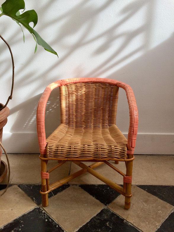 fauteuil enfant en rotin, fauteuil rose
