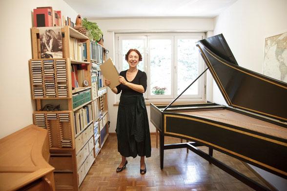 Susanna Baltensperger in ihrem Unterrichtszimmer