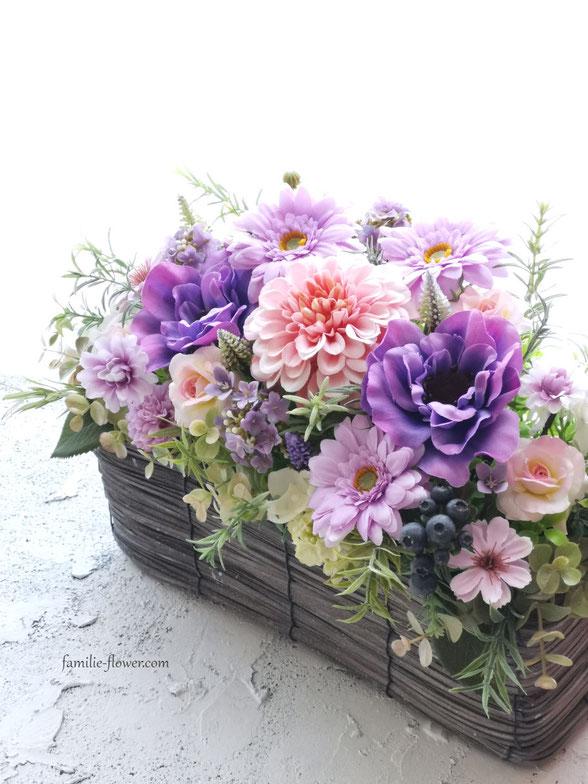 紫のアネモネの造花アレンジメント・古希のお祝い