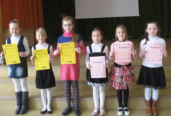 Meninio skaitymo konkurso dalyvės: Ugnė, Beata, Kotryna, Milena, Viltė, Aušrinė