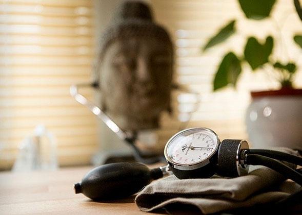 HYPERTENSION : La méditation fait retomber la pression..