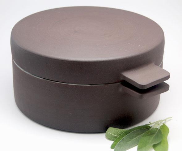 Ceramic casserole