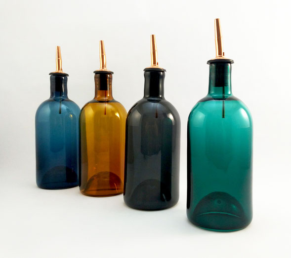 Blown glass oil/vinegar cruet