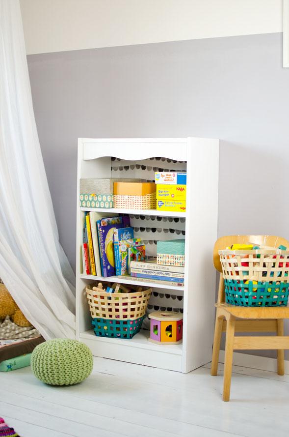 Kinderzimmer Regal selber gestalten