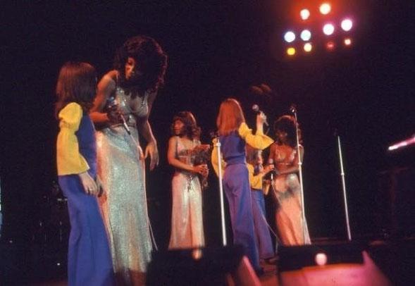 """1974: In Frankfurt zusammen mit den """"Three Degrees"""" auf der Bühne"""