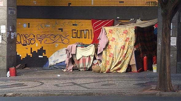 streetworker, streetfood, food truck, kinderhilfe, landflucht, soziale ungleichheit, strassenkinder, freizeitgestaltung, arbeitslosigkeit, ausbildungsprogramm, beten, brasilien,