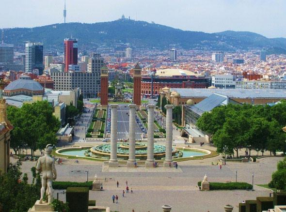 Площадь Испании, вид с горы Монжуик в Барселоне