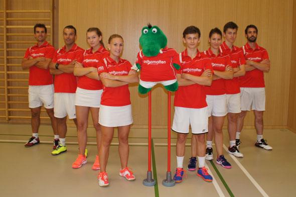 de gauche à droite: Yoann - Marco - Laurène - Alexia - Nicolas - Martine - Robin - Romain