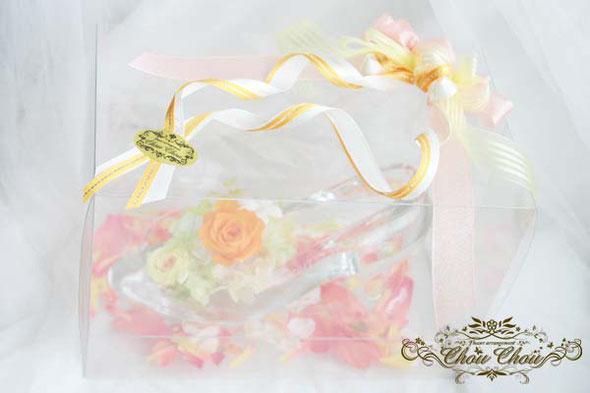 プロポーズ 誕生日 プレゼント ガラスの靴 フラワーリング リングケース プリザーブドフラワー バラ オーダーフラワー  シュシュ 舞浜花屋